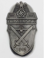 Demyansk Shield (German: Ärmelschild Demjansk)