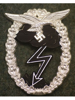 Replica of Luftwaffe Ground Combat Badge (WWII German Badges) for Sale (by ww2onlineshop.com)