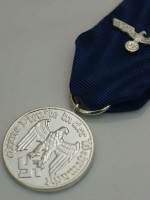 German WWII Heer 4 Years Service Medal With Ribbon & Heer Eagle Device